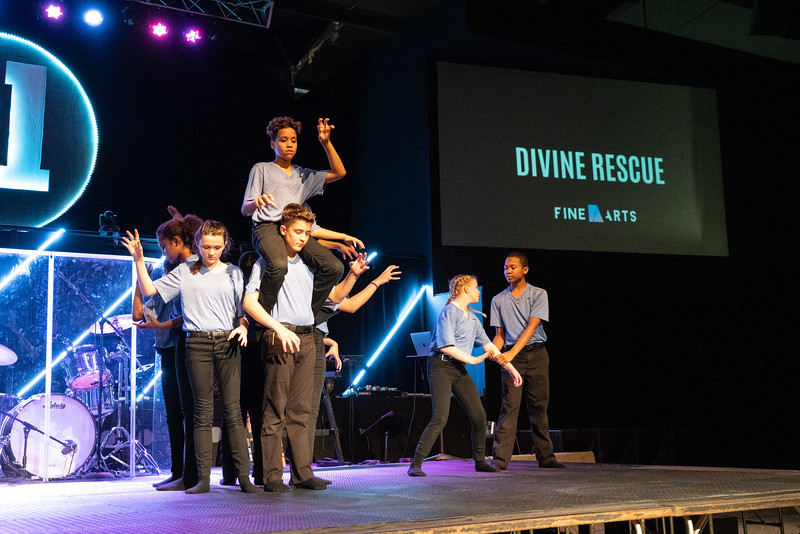 FINE ARTS SHOWCASE 2019_-19.JPG