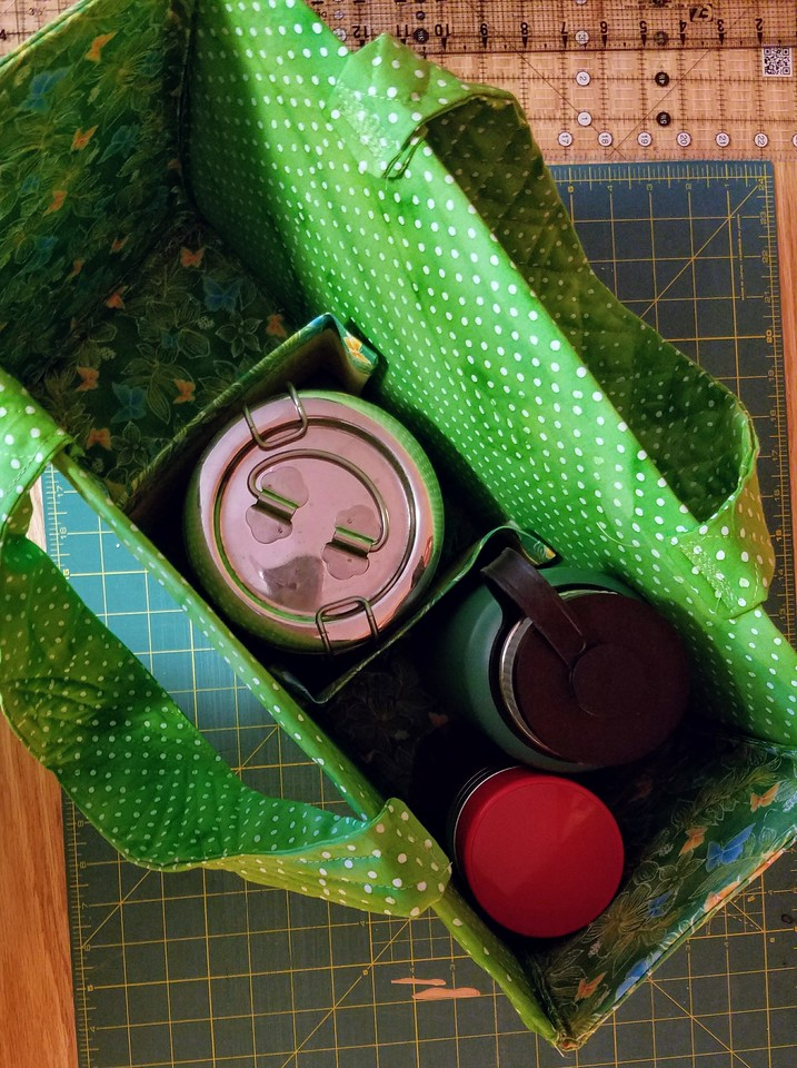 lunch tote with tiffin, extra water and tea