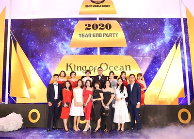 The Whale Group | Year End Party 2020 instant print photo booth | Chụp ảnh lấy li�n in ảnh lấy ngay Tất niên 2020 | WefieBox Photobooth Vietnam
