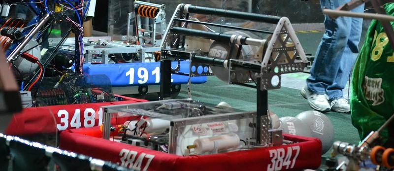 2016 FIRST Bayou Regional Robotics - Spectrum 3847 - 293