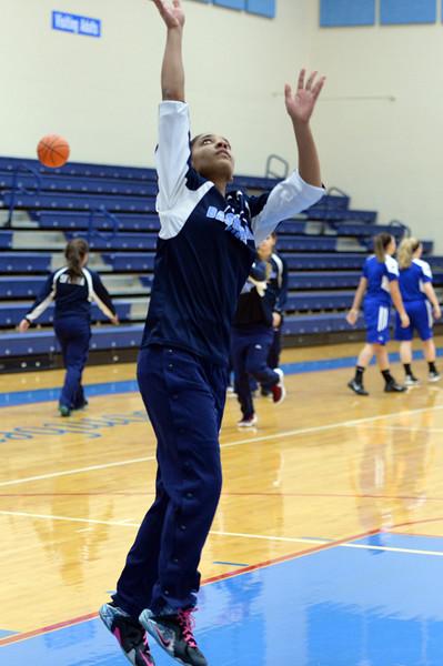 girls_basketball_9087.jpg