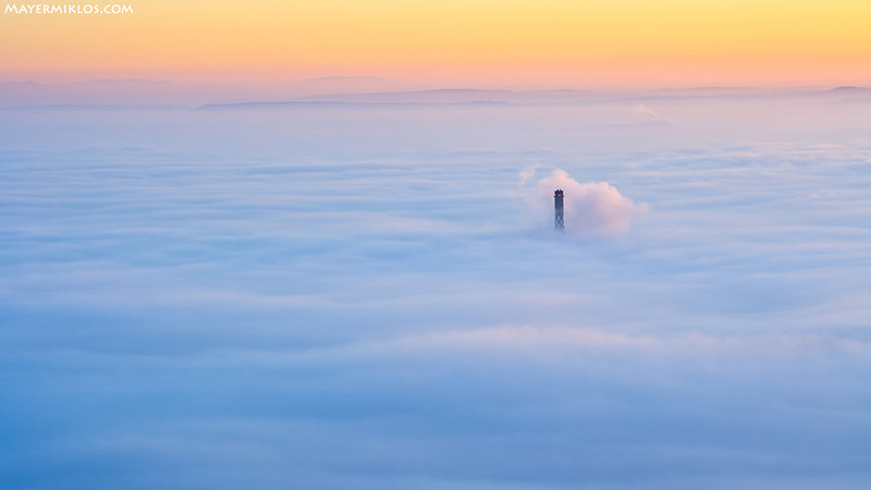 <h1>Budapest a ködben timelapse</h1>