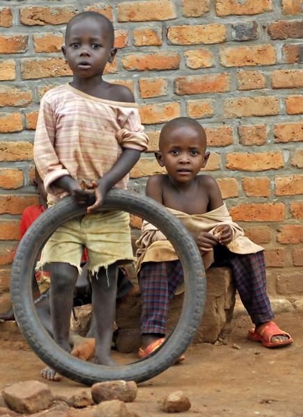 070112 3947-B Burundi - on the road to Bubanza _E _L ~E ~L.JPG