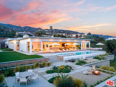 RHEANONS MALIBU BEACH HOUSE