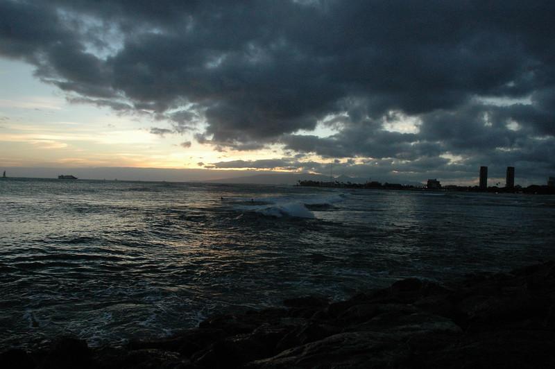 Hawaii - Ala Moana Beach Sunset-101.JPG