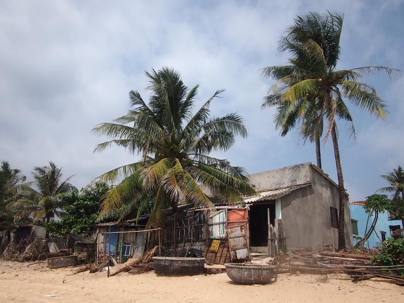 P1307151-beach-shack.JPG