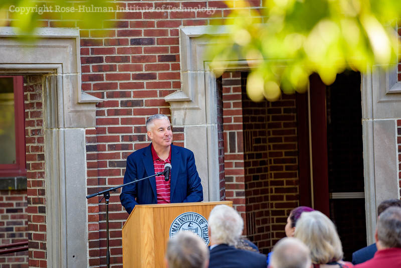 RHIT_Homecoming_2017_Moench_Bust_Dedication-12651.jpg
