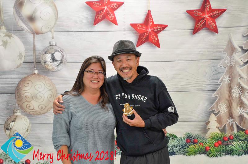 Christmas Photobooth 2018-060_01.jpg