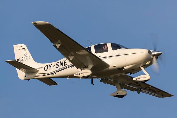OY-SNE - Cirrus SR22 GTS