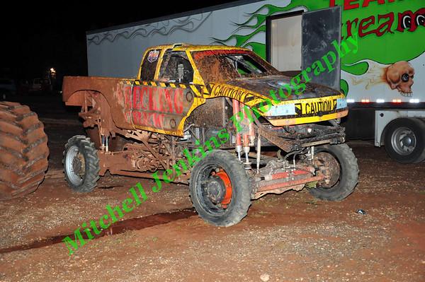Dixie Monster Trucks 9/21/13 (Saturday)
