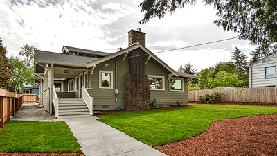 10204 44th Ave SW/Movie Tour Only