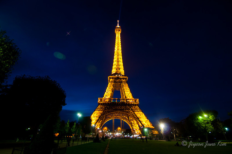 paris-France-Eiffel-Tower.jpg