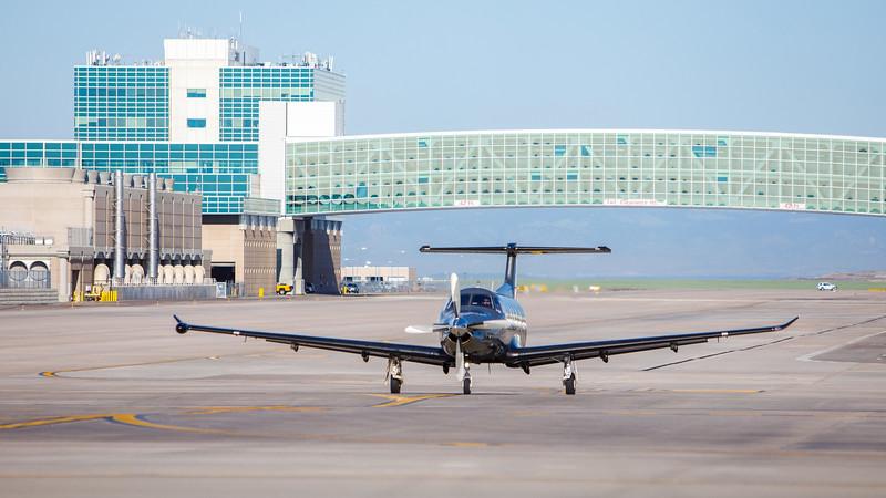 060520-Airfield-plane-067, 06-05-20, 2020,  airfield, airstripe, prop plane,