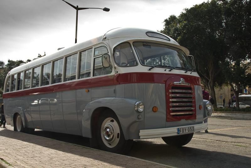 Bus, Malta