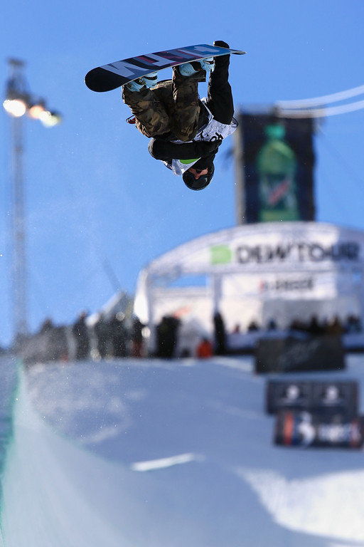 . Taylor Gold in action as he finished third in the men\'s snowboard superpipe final at the Dew Tour iON Mountain Championships on December 14, 2013 in Breckenridge, Colorado.  (Photo by Doug Pensinger/Getty Images)