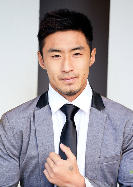 5'11"