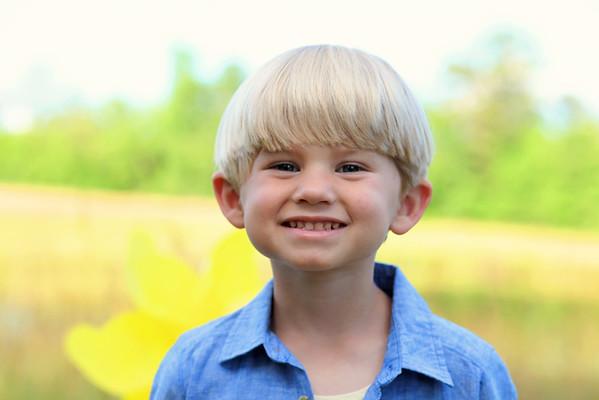 Brady {Summer Mini}