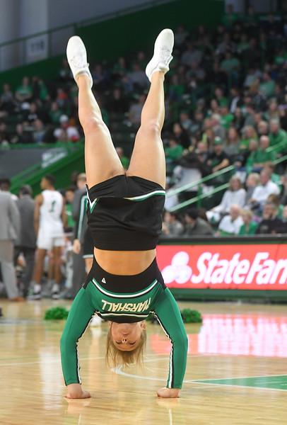 cheerleaders1642.jpg