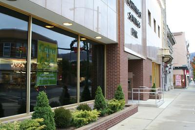 Northwest Savings Bank: Main Street