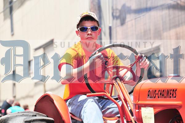 Callicoon Tractor Parade 2013