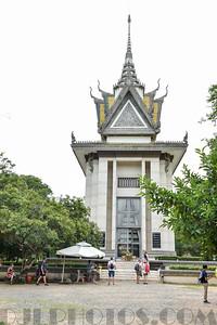 Phnom Penh, Killing Fields Choeung Ek, Tuol Sleng S21  Secret Torture Prison