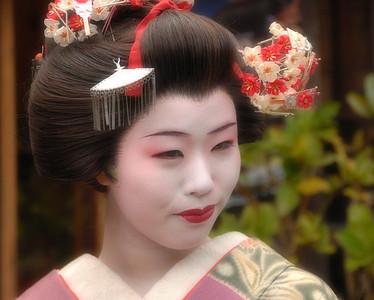 So, Wanna be a Geisha?