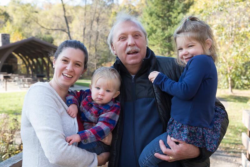 Trahms Family-44.jpg