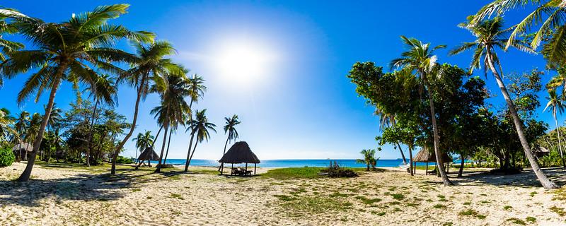 Deluxe Beachfront Bure - Yasawa Island Resort & Spa