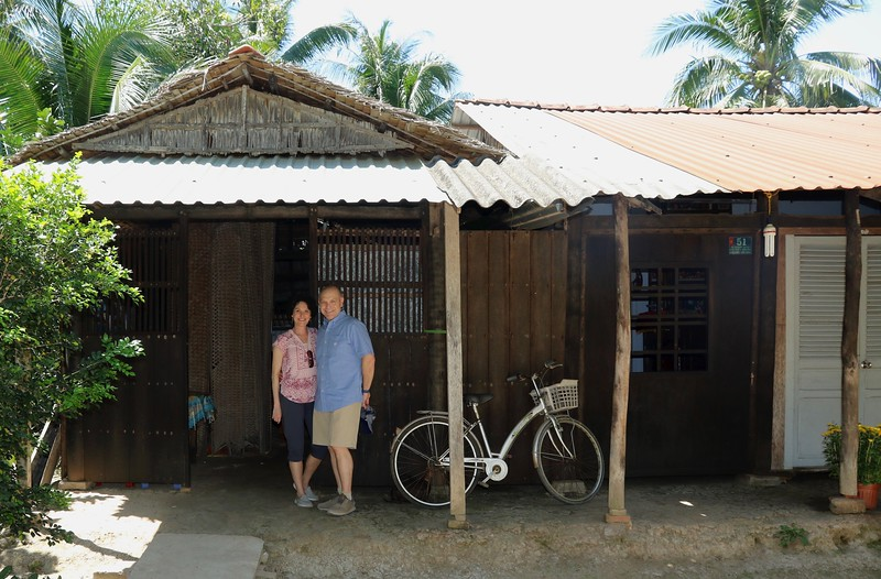 A local house where they invited us in to see how they make rice paper.