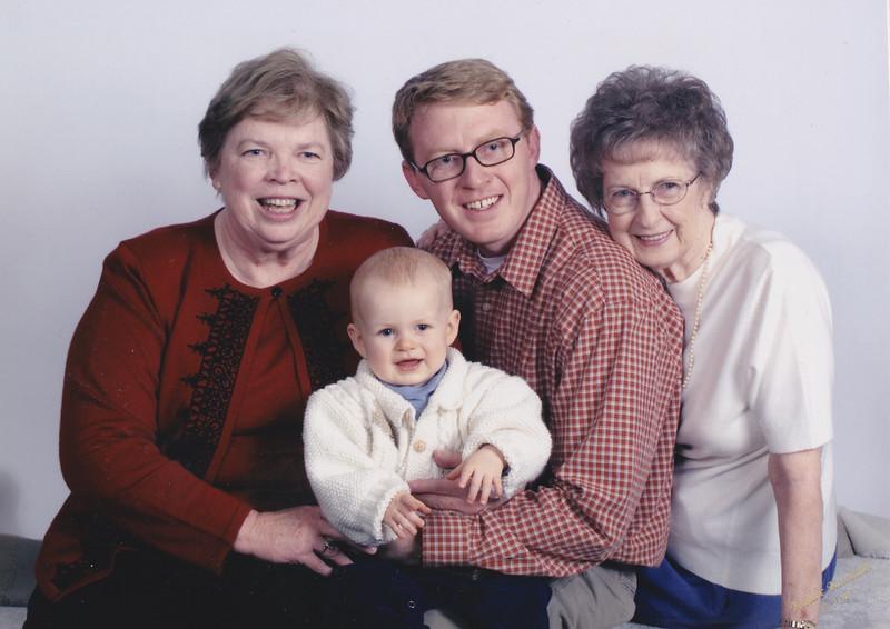 2004 Four generations.jpg