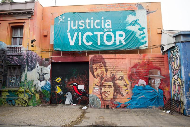 street art in barrio brasil