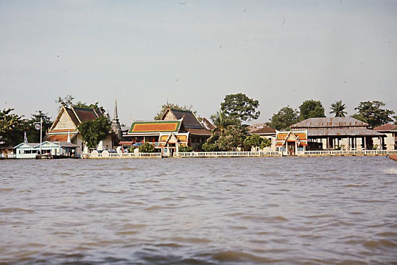 Buildings on Canal.jpg