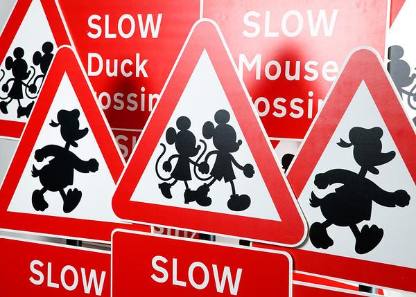 15/5/19 - Disney Junior : Zebra, Pelican & Mouse Crossing