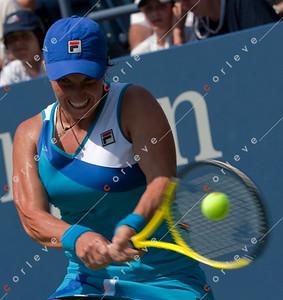 Svetlana Kuznetsova [RUS] vs Kimiko Date Krumm [JPN]-083110