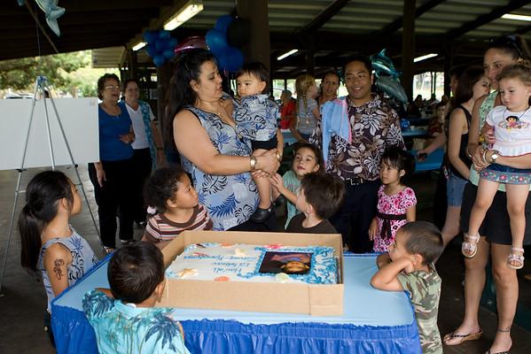 Zaven-Kamakana Baby Luau (4/26/08)