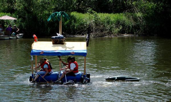 Raft Race 08