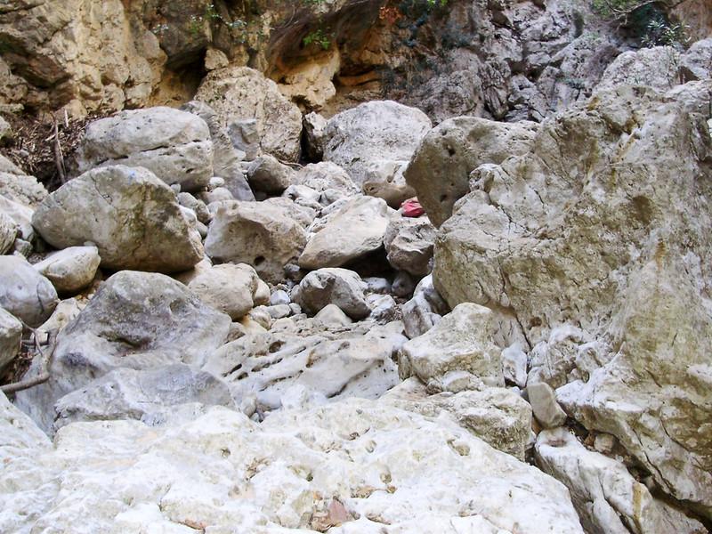 16-Meer-rotsen-bij-de-vernauwing.JPG