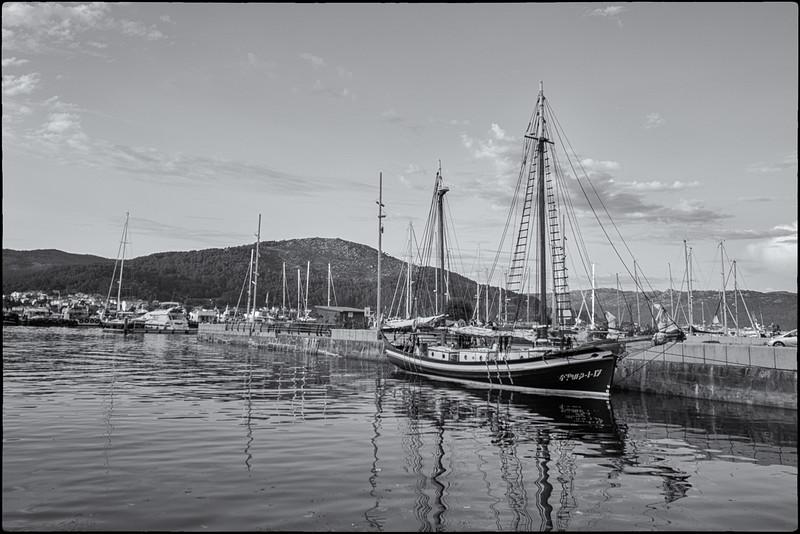 galicia-swim-10.jpg