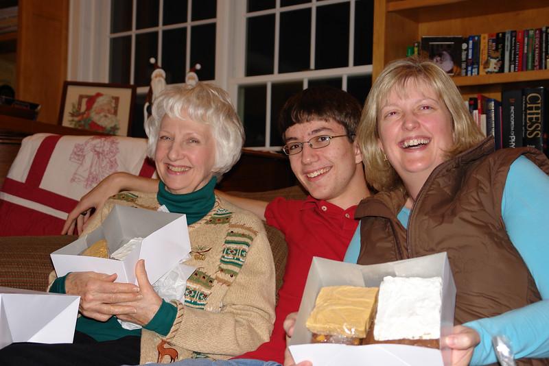 2011 Christmas Eve - 23.jpg