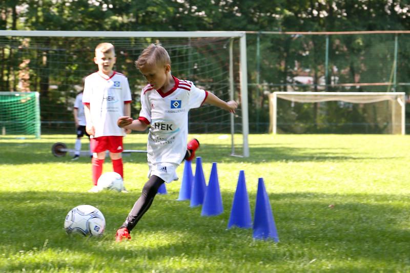 hsv_fussballschule-189_48047951156_o.jpg