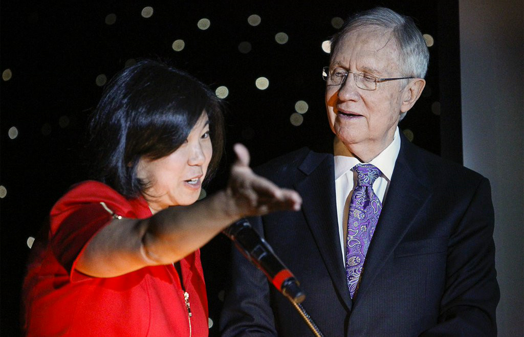 ". 4. HARRY REID <p>Senate leader partly correct in that all Asians ARE smarter than him. (unranked) </p><p><b><a href=""http://dailycaller.com/2014/08/22/harry-reid-jokes-about-asians-video/\"" target=\""_blank\""> LINK </a></b> </p><p>    (AP Photo/Las Vegas Review-Journal, Erik Verduzco)</p>"