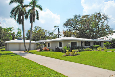 1546 Del Rio Dr, Fort Myers. FL
