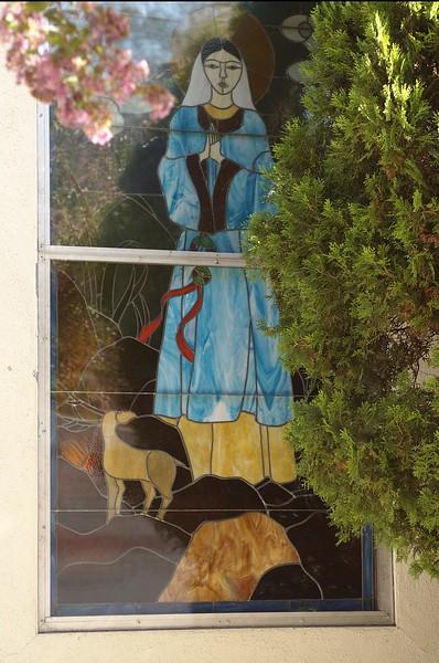 St.Bridget'sChineseCatholicCenter005-NorthSideStainedGlass-2006-9-18