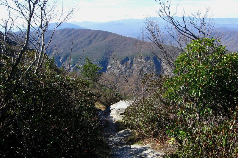 Table Rock Summit Trail -- 4,050'