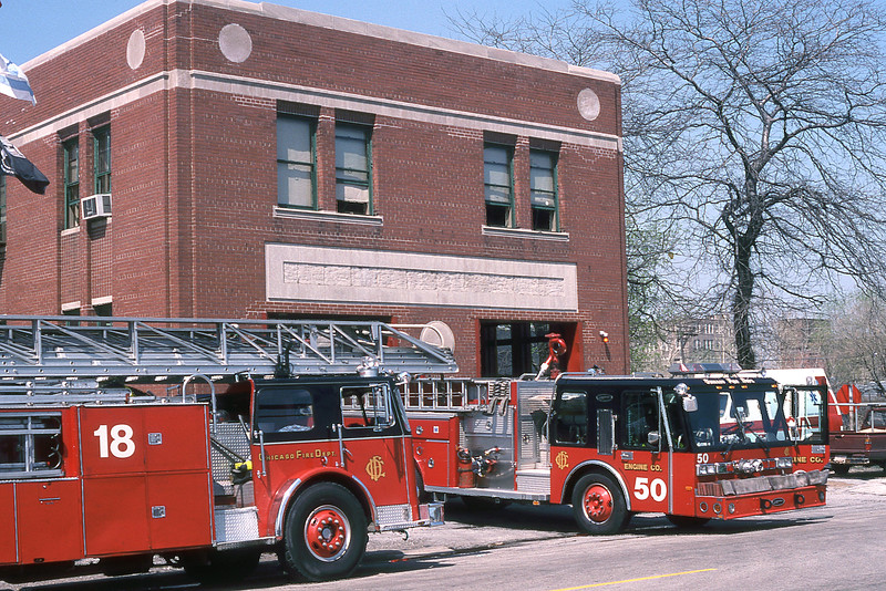 CHICAGO  ENGINE 50  E-ONE HURRICANE  AND TRUCK 18  SEAGRAVE 100'.jpg