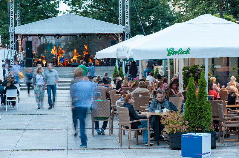 Sidewalk cafe-bar, Warsaw, Poland