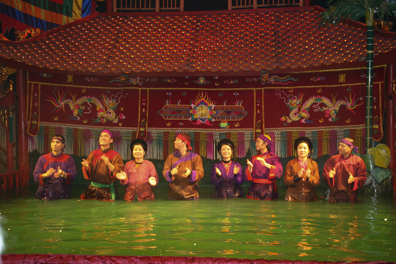 Vietnam - ethonology museum and water puppet show 270.jpg
