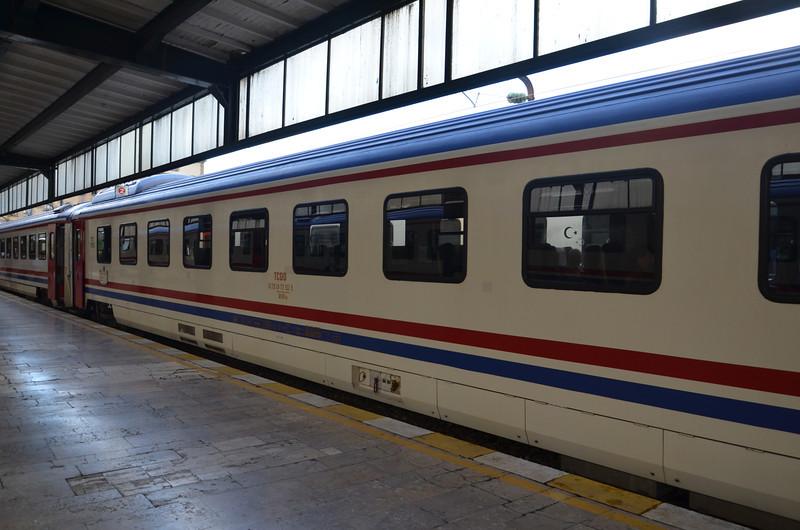 DSC_1039-turkish-train.JPG