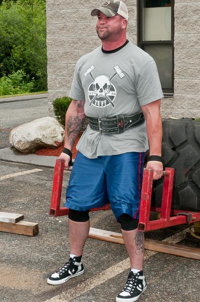 Fitness Revolution Strongman Challenge 2011_ERF3898.jpg