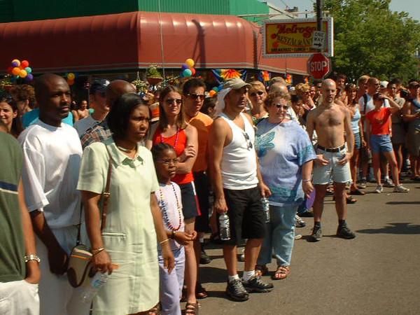 Pride Parade 2001-75-1.jpg